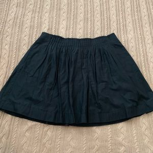 ⭐️3/$25⭐️ Banana Republic Black Pleated mini skirt